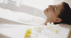 woman-bath-spb
