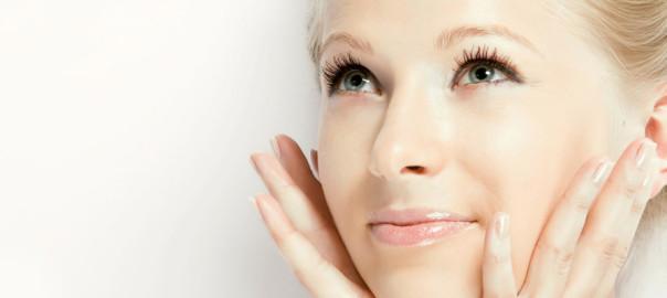 woman-tratament-facial
